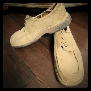 Johnston and Murphy suede shoes size 11